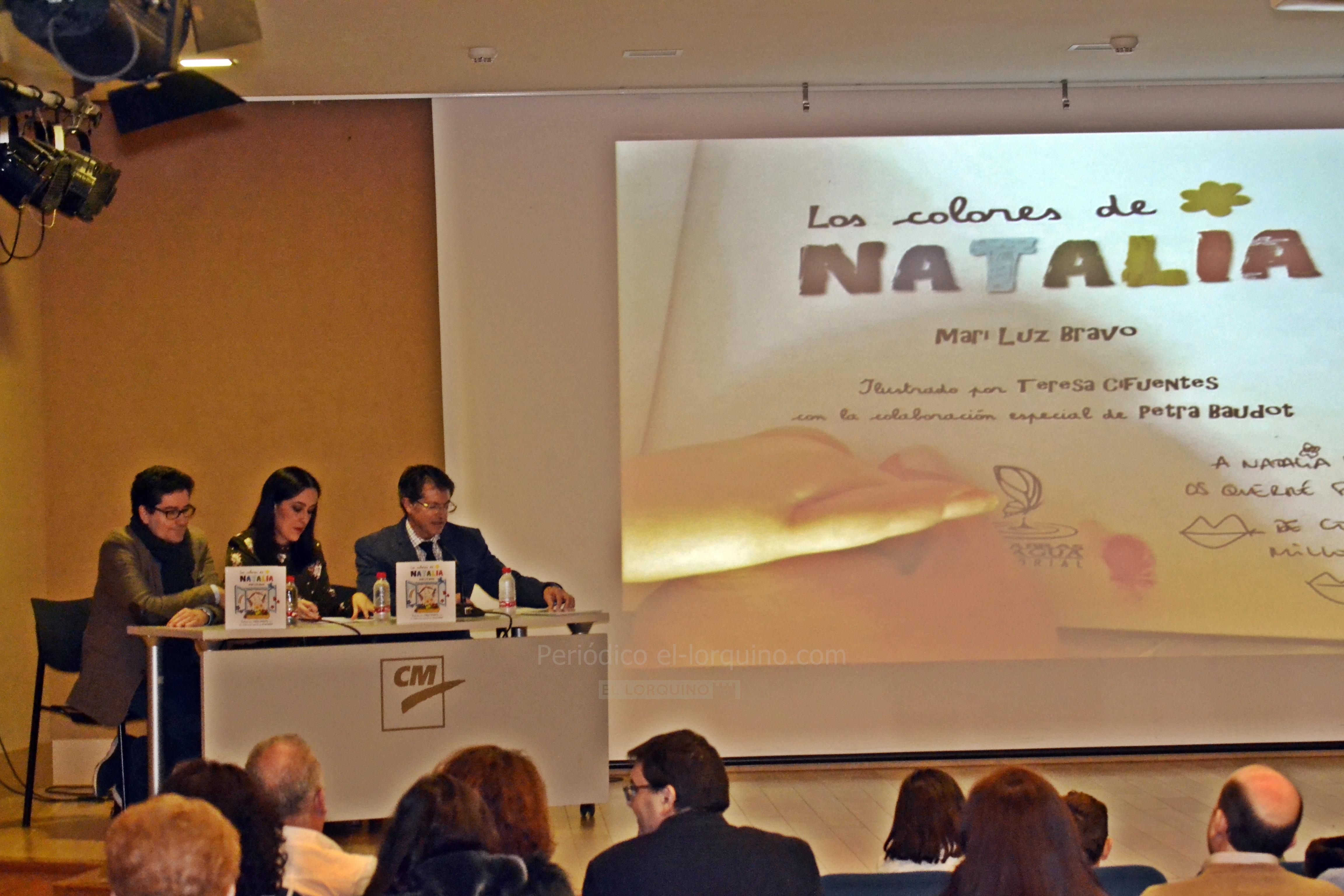 """Presentado en Lorca el libro solidario """"Los Colores de Natalia"""""""