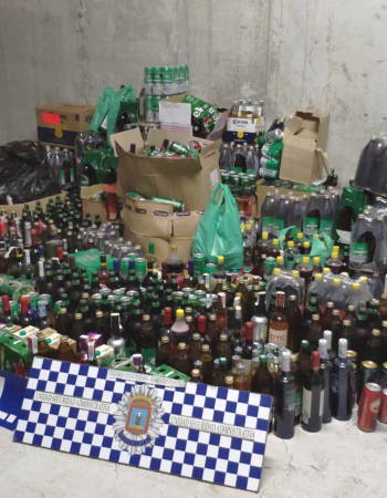 Incautan 1.965 bebidas alcohólicas en cuatro locales de Lorca por no cumplir la ordenanza de convivencia