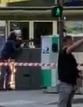 Lyon (Francia): Una persona armada abre fuego desde la ventana de su casa (primeras imágenes)