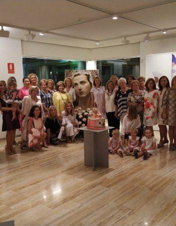 """Inauguran la expo """"Esencias de Mujer"""", organizada por el Coro de Damas de la Virgen de la Amargura"""